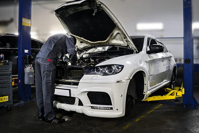 авто бмв - Ремонт автомобилей BMW - Устуги СТО obsluzhivanie-po-markam-avto
